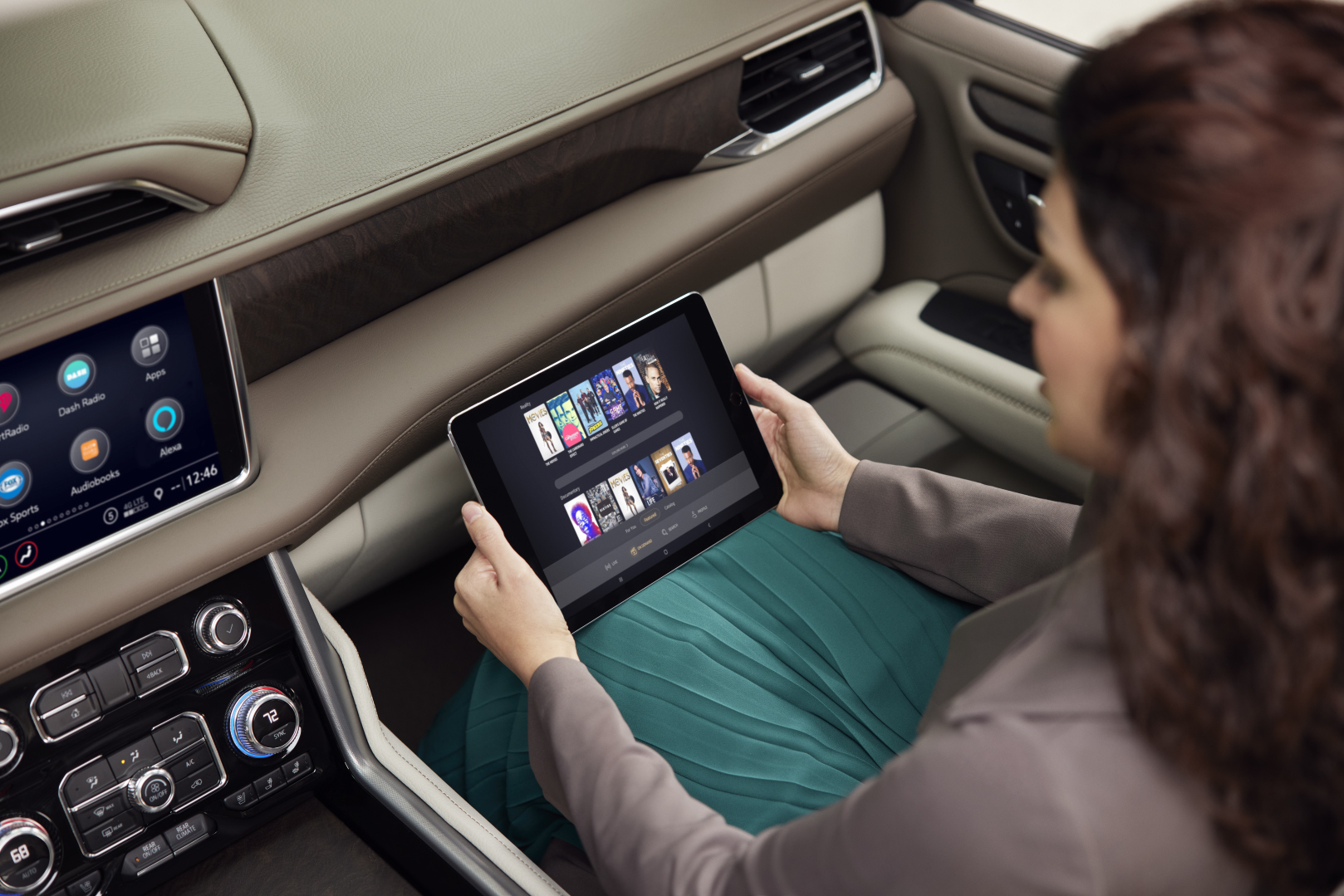 GMC owner using wifi hotspot for her tablet